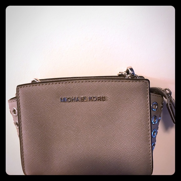 Michael Kors Handbags - Michael Kors Grey Crossbody Bag